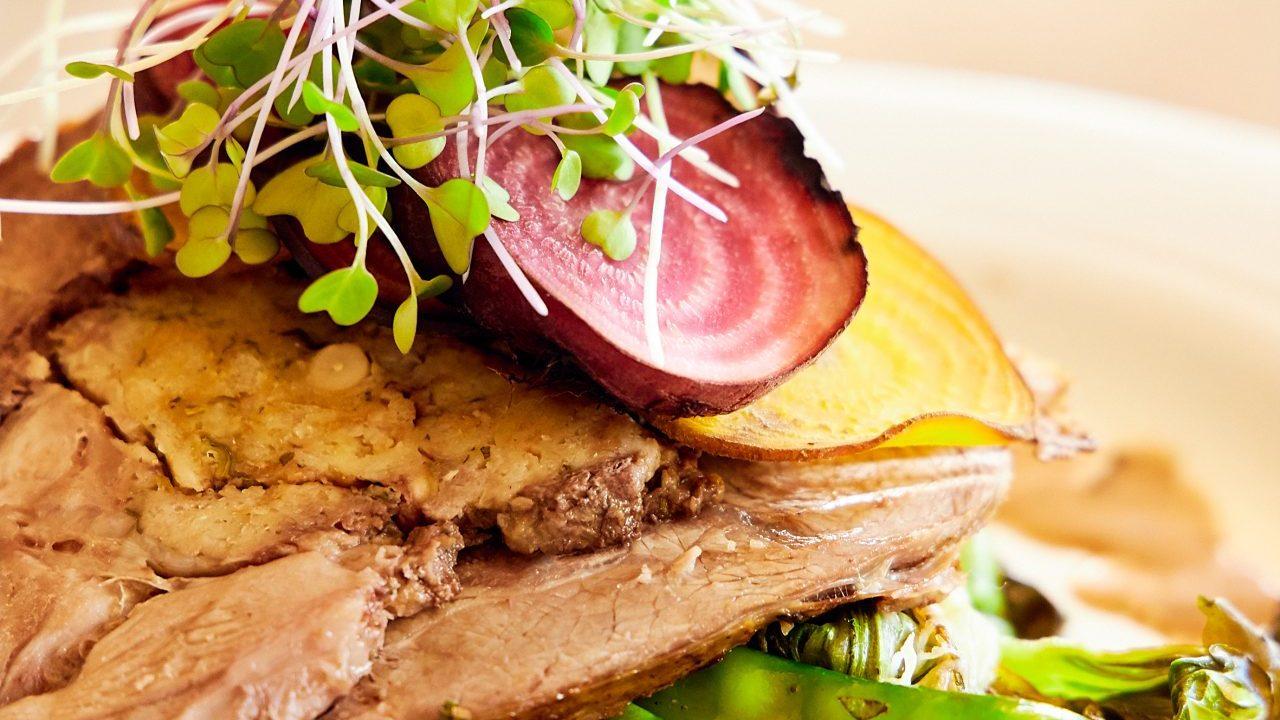 http://www.themidlandsmagazine.co.za/wp-content/uploads/2019_Khaki-Chef_75-1280x1920-1280x720.jpg